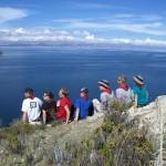Ein Teil der Gruppe am Titikakasee auf der Isla del Sol.