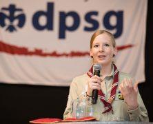 DPSG wählt neue Bundesvorsitzende, Biberstufe mit weißen Halstüchern
