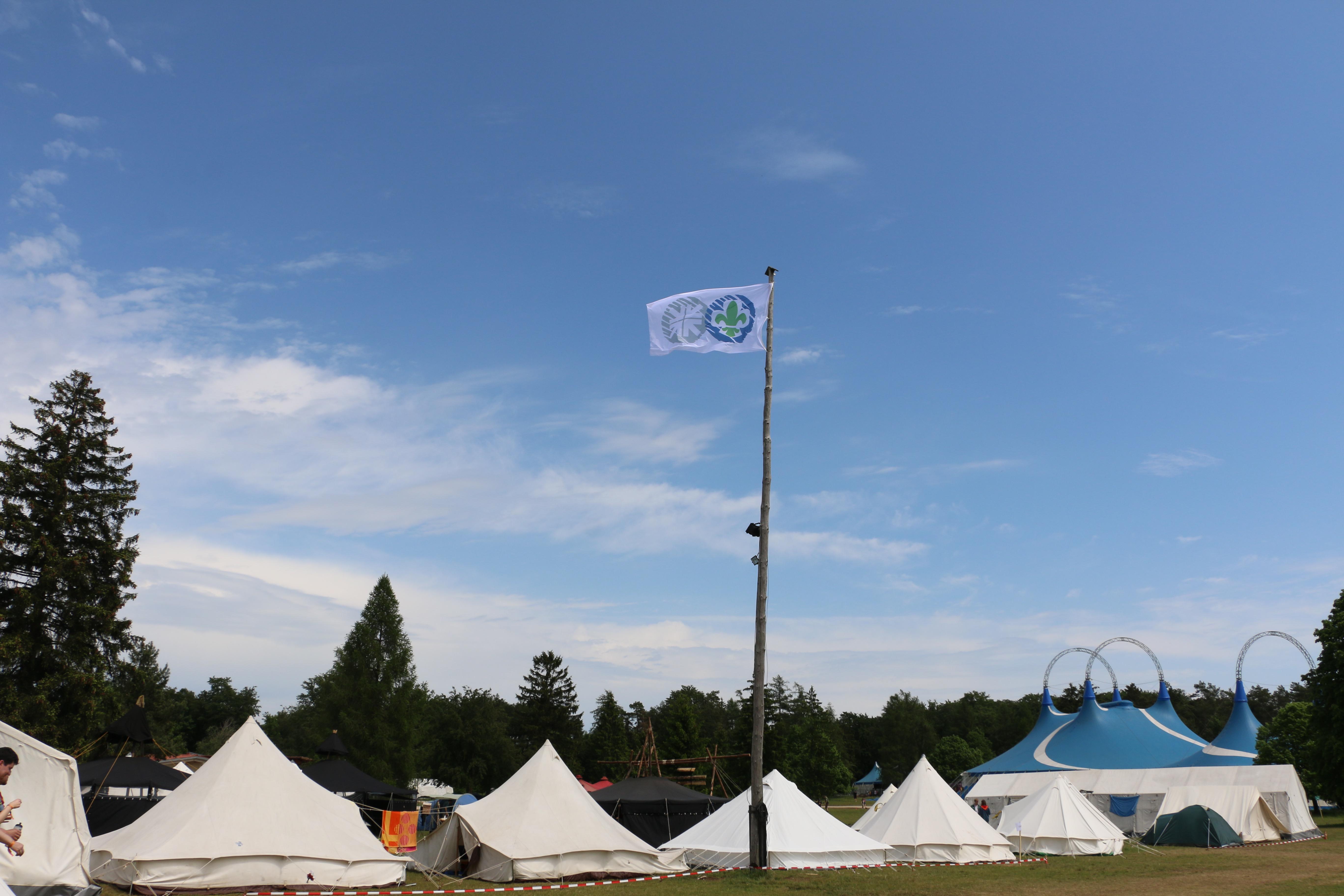 Das SDV Camp mit Versammlungszelt © [Anne-Kristin Werner]
