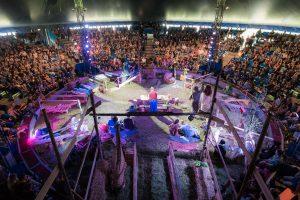 Versammlungen im Rumpf der Arche © [Dominik-Zeh]