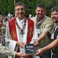 Pfadfinderbibel auf Deutschlandreise